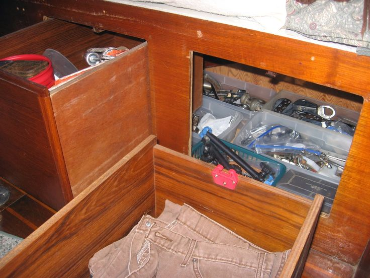 Small Boat Projects - Making Life Aboard Easier: stowage