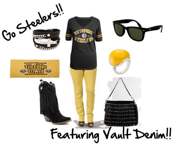 Steelers. I LOVE A WOMAN WHO WEARS STEELERS GEAR <3