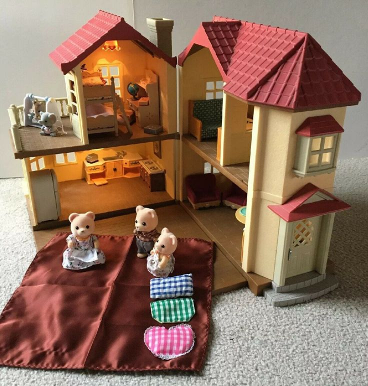 Calico Critters Epoch Luxury Townhome House Lot Figures