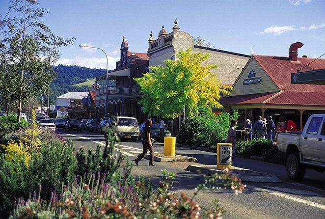 best country towns near sydney, best country towns new south wales, best day trips sydney, best things to do near sydney, countryside near sydney, small towns near sydney, best places to go near sydney, day escapes from Sydney, visit berry, day trip berry