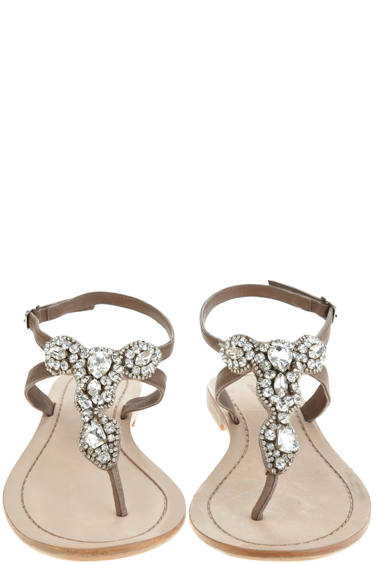 Wedding flats: Natural Rhinestones, Bridesmaid Shoes, Wedding Flats, Rhinestones Thong, Dressy Flats Sandals, Thong Sandals, Cute Sandals, Akan Natural, Rhinestones Sandals