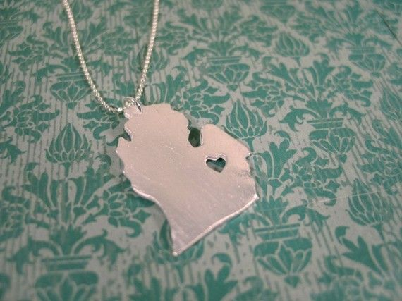 I love wearing this necklace: Michigan State, Gift Ideas, Heart Michigan, Mittens, Jewelry, Necklaces, Puremichigan, Pure Michigan