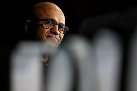 Microsoft Puts Slack in Cross Hairs With New Office Chat App The tech giant introduced Microsoft Teams an addition to its Office 365 suite which resembles Slack but adds features like threaded conversations and videoconferencing. Technology Software Instant Messaging Computers and the Internet