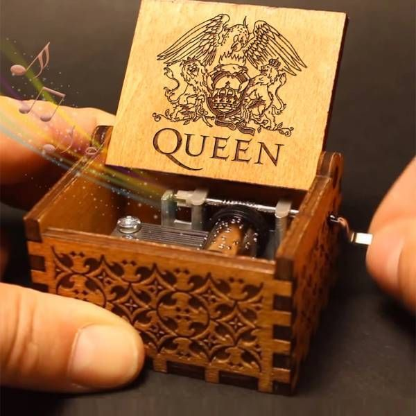 Queen Hand Shake Gift Music Box(BUY 1 GET 2ND 10% OFF)