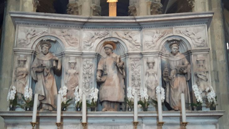 San Lorenzo Maggiore. Giovanni da Nola. 1530. Santi Lorenzo, Antonio, Francesco. Napoli. Altar Maggiore.
