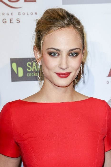 .Nora Arnezeder at the 'Angelique' Paris Premiere in December 2013..