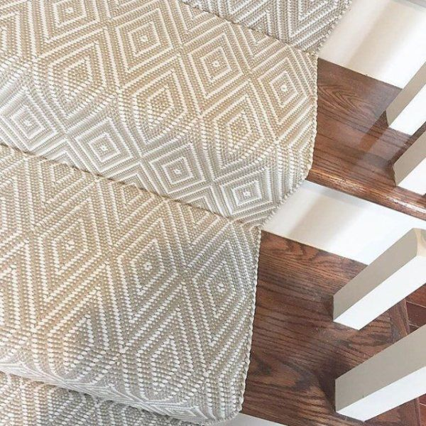 Diamond Platinum White Indoor Outdoor Rug Dash Albert Stair | Indoor Outdoor Carpet For Stairs | Slip Resistant Rubber Backing | Interior | Electric Blue | Stair Residential | Diamond Pattern