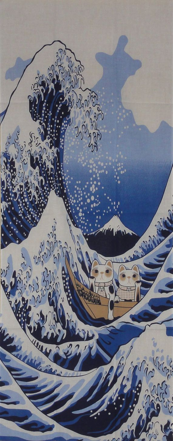 Maneki Neko and The Great Wave Motif Tenugui por KyotoCollection