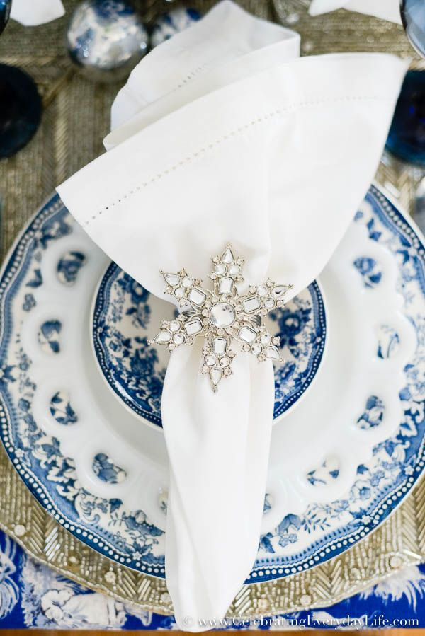 Blue & White Christmas Placesetting, Blue & White Christmas decor, Sparkly Christmas Table, Snowflake Placesetting, Snowflake Napkin ring, Celebrating Everyday Life with Jennifer Carroll
