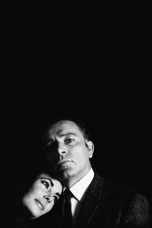 Elizabeth Taylor & Richard Burton photographed by Douglas Kirkland, 1963.