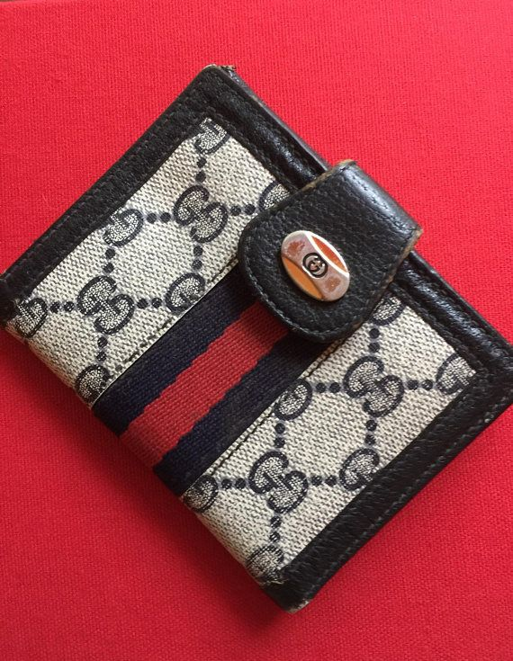 95443be3023880 Vintage Authentic Gucci Signature Wallet/Coin Purse, Gucci GG Navy Blue Red  Stripe Wallet