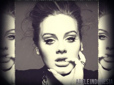 Adele Kembali Tunda Rilis Album Baru Hingga September 2015.   Album terbaru Adele kembali ditunda sampai September 2015 mendatang. Pelantun lagu 'Skyfall' itu sebelumnya menjanjikan album ketiganya keluar musim semi ini.  Seorang sumber mengatakan kepada suratkabar The Sun bahwa album ini dijadwalkan untuk rilis sekitar empat bulan lagi.