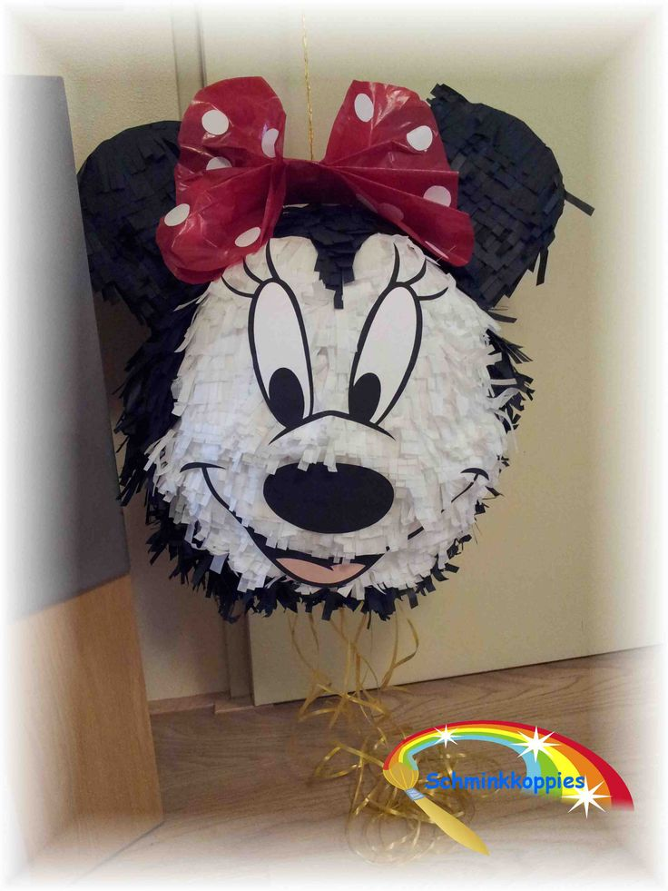 Minnie Mouse Pinata made by Schminkkoppies