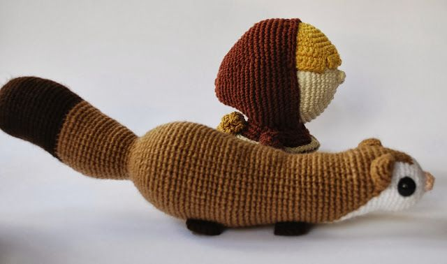 Tiny Thief. Ferret and Barret amigurumi by Crafteando, que es gerundio