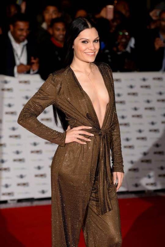 Jessie J Mobo Awards 2014
