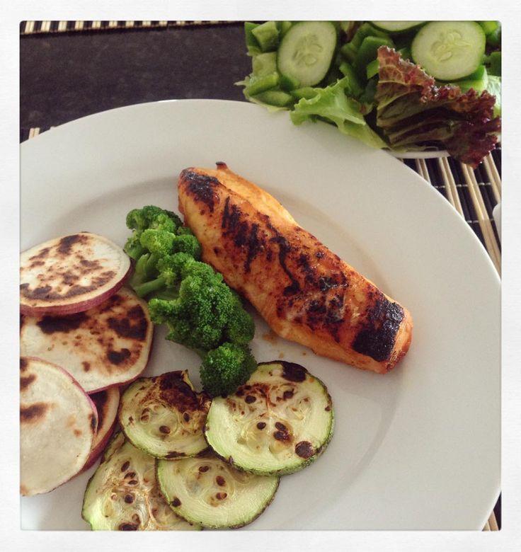Meu almoço Frango Assado Batata Doce e Abobrinha Grelhada Broculis