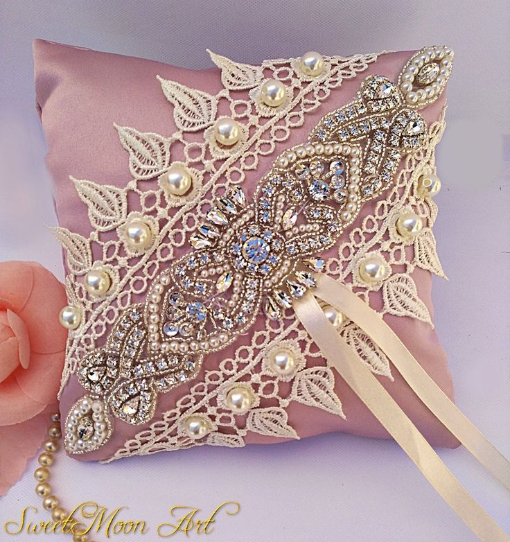 Cojín para anillos, cojín porta alianzas, cojín anillos boda, porta alianzas, portador anillos, anillos de boda, cojín boda, cojín rosa de SweetMoonArt en Etsy