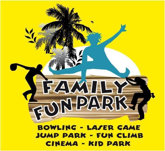 Family Fun Park à 30 minutes de Saint-Palais-sur-Mer est un espace de loisirs de 3 600 m² . Venez vous amuser en famille ou entre amis ! Bowling, jeux pour enfants, laser game, jump park, fun climb et cinema. Ouverture 7j/7 de 10h à 1h et les vendredis et samedis de 10h à 2h. 49 route de Semussac à Meschers sur Gironde. Tél. : 05 46 06 15 58