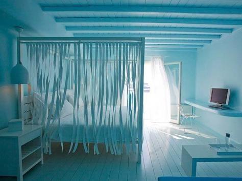 Cute blue bedroom idea for a beach house, maybe