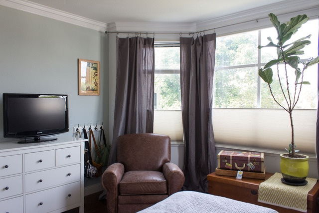 Apartment Therapy – Eunice's Clean and Well-Lit Place (House Tour) -- privacy screens on windows
