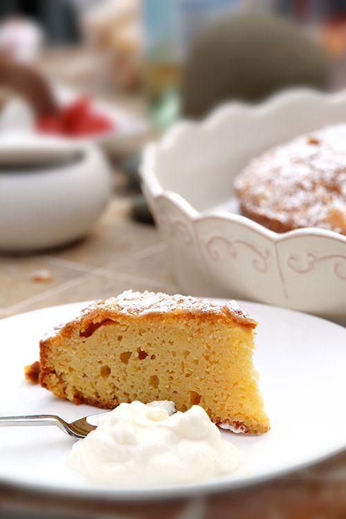orange cake with honeyed yogurt