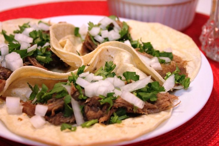 Tacos de Barbacoa de Lengua de Res (Beef Tongue Tacos) - Hispanic ...