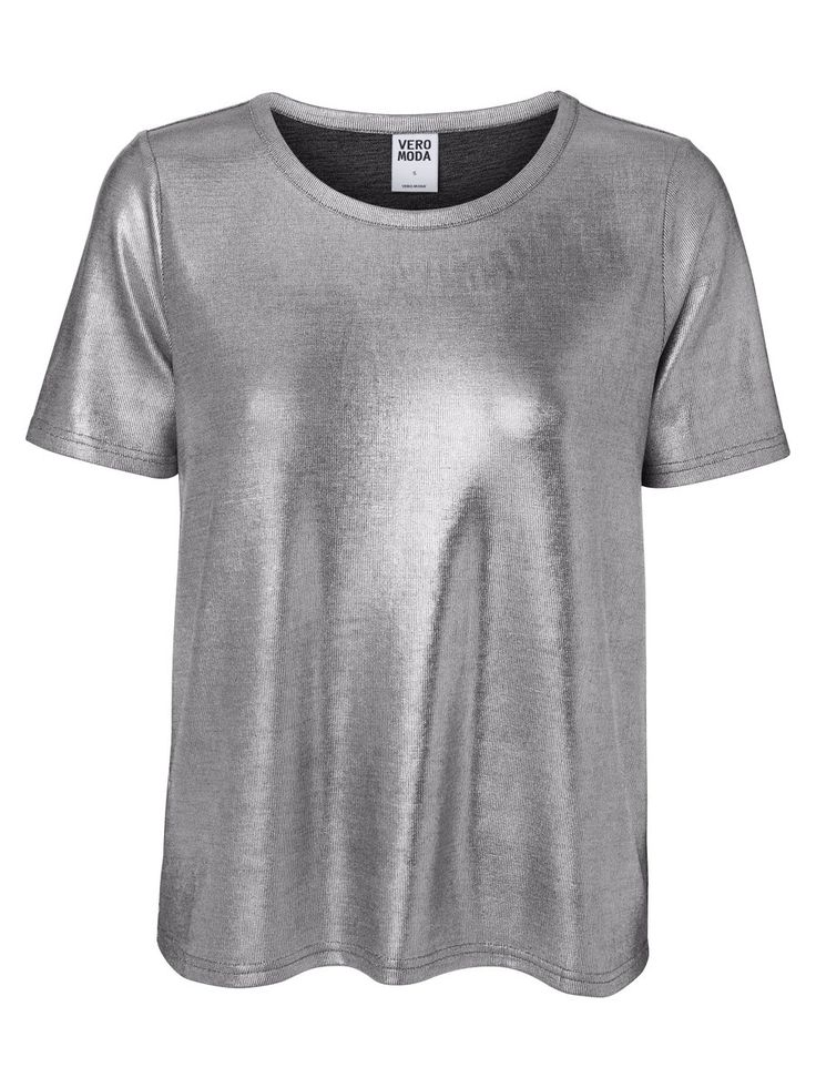 Metallic tee from VERO MODA. Wear this with a black skirt or a bright pink skirt for eye-popping effect. #veromoda #metallic #silver #fashion