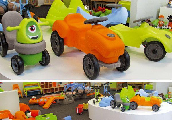 Trotteur Dynamo, Tracteur Malo et voiture pour enfant Wesco dans le showroom #WescoFamilyInside