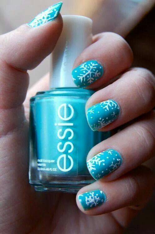 Winter snowflake nail art in blue theme for Christmas - 333 Best Uñas Images On Pinterest Make Up, Nail Ideas And Enamels