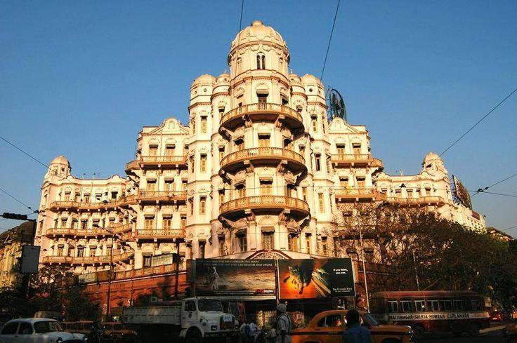 1467439_10152043486479222_1699477399_n LIC Building — in Calcutta.
