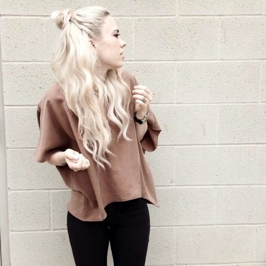 12 Le Fashion Blog 20 Inspiring Half Up Top Knot Hairstyles Long Bleach Blonde Hair Bun Via Sundays Pearl