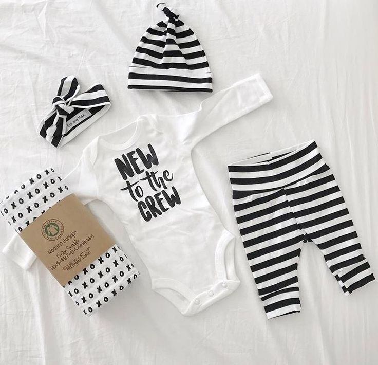Unisex boy/girl going home outfit! WANT