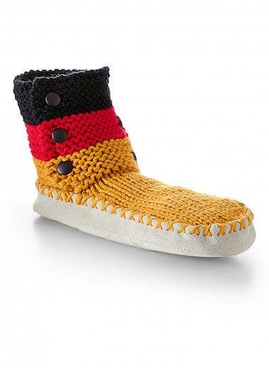 Mag.181 - #36 'Germany' slipper socks | Buy, yarn, buy yarn online, online, wool, knitting, crochet | Buy Online