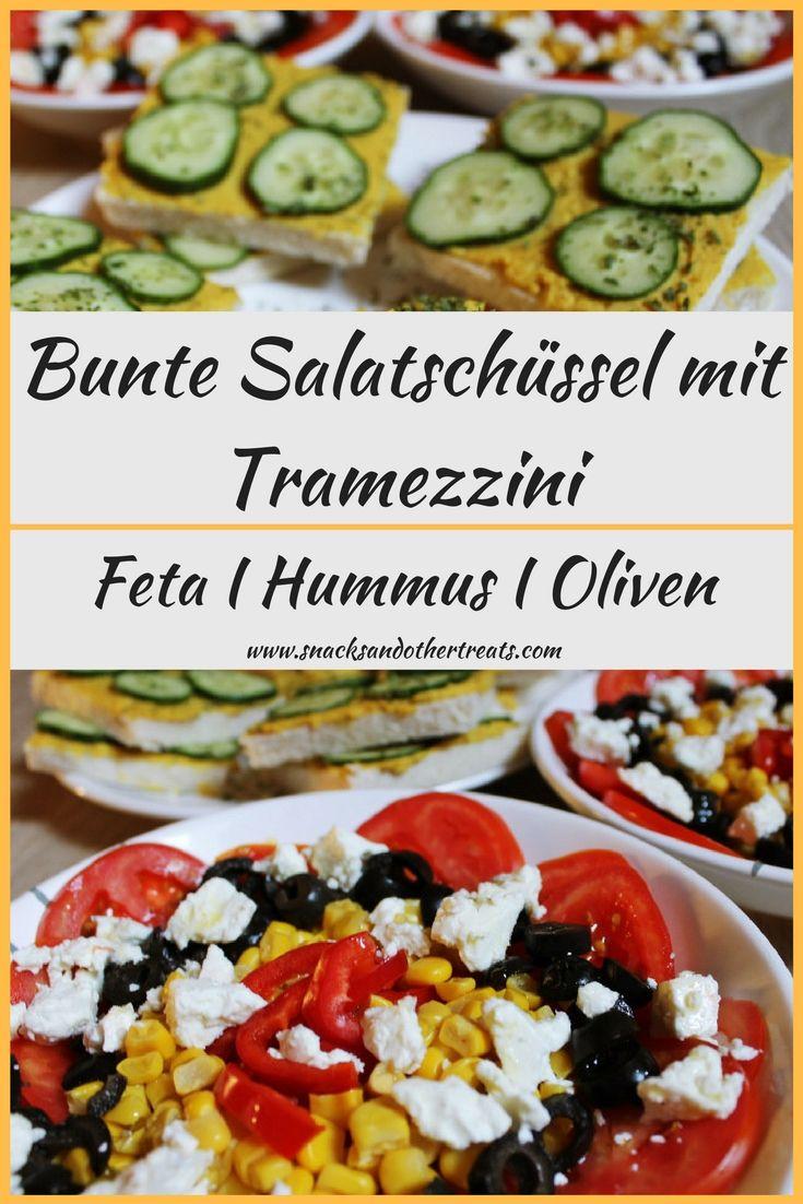 Rezept für einen einfachen griechischen Salat mit Tramezzini und Hummus.