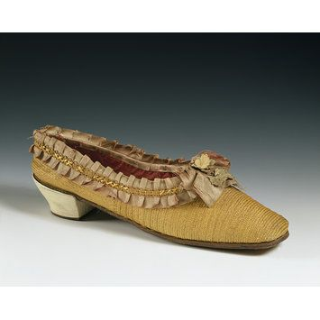 Straw plait shoes lined with silk, Germany, Italy, or Switzerland, or 1860s. l Victoria and Albert Museum