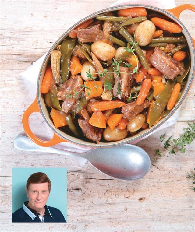 Mutton neck or mutton rib stew | Skaapnek of -rib potjie #recipe #mutton #stew