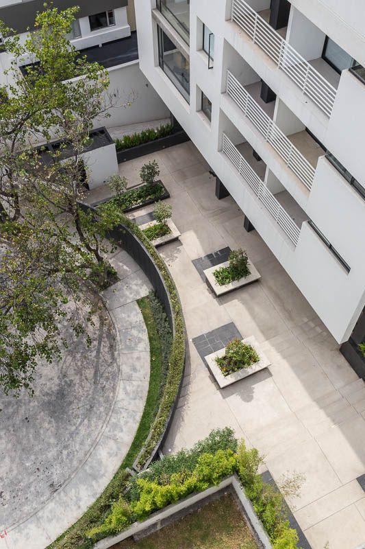 https://flic.kr/p/eiJVJR | 11 Edificio Onix, Diez-Mueller Arquitectos, Quito-Ecuador