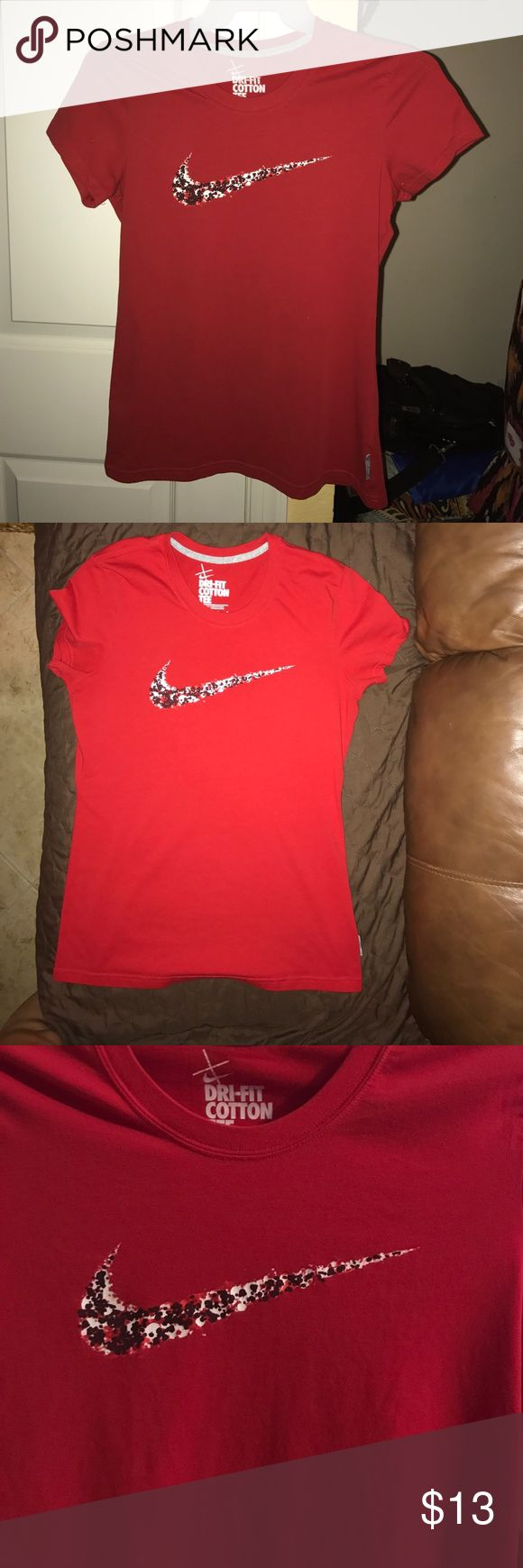 ❤️ Nike Dri Fit Cotton Womens Tee ❤️ Red Nike T-Shirt worn once Nike Tops Tees - Short Sleeve