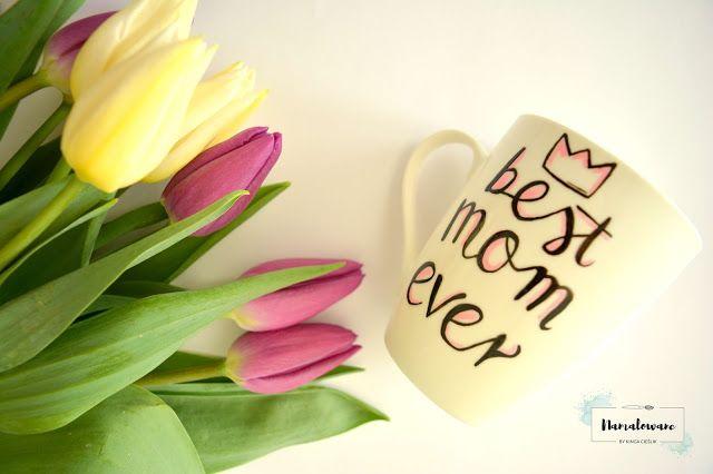 Ręcznie malowany kubek na dzień matki.  #bestmomever #mom #formom #mothersday #mother #day #dzieńmatki #kubek #mug #ręczniemalowane #prezent #namalowane