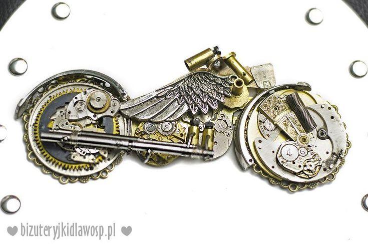 Steampunk Motorcycle on jacket Wild Eagle for charity auction GOCC http://aukcje.wosp.org.pl/motokurtka-wild-eagle-unikatowa-bizuteryjki-i1234288