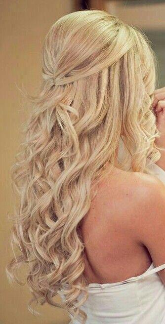 Half Up Hairdo