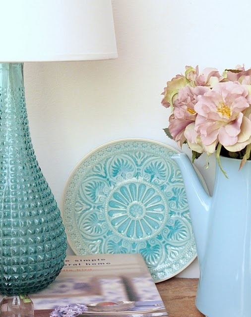 I have a thing for turquoise plates like this one...