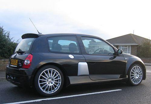 2005 renault clio renaultsport v6 255 black gold by steve coulter performance cars. Black Bedroom Furniture Sets. Home Design Ideas