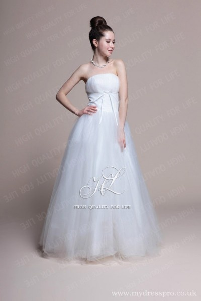 A-line ivory Strapless Floor-length Tulle Wedding Dress ru_0010  http://www.mydresspro.co.uk/194-09-2012