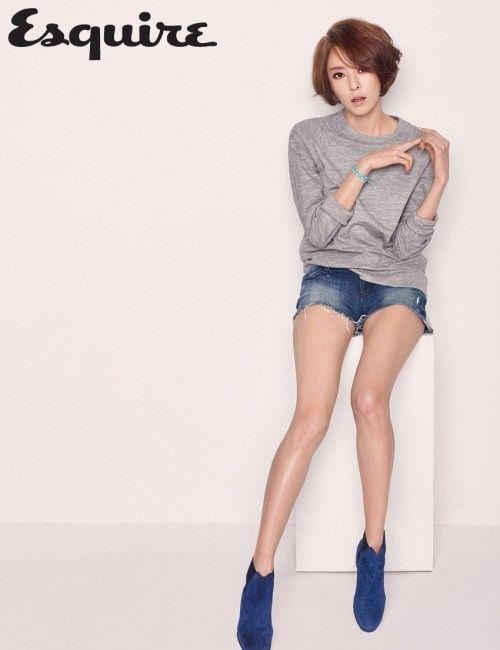 Lee Da Hee shows off her supermodel figure for 'Esquire' | allkpop.com