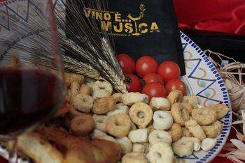 Vino è Musica sposa lo street food pugliese |