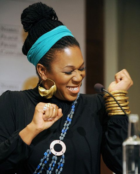 India.Arie      http://natural-queen-of-coarse.tumblr.com/