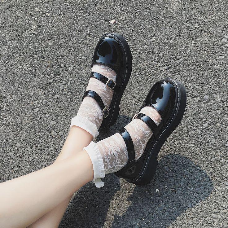 Fashion Spring Womens Shoes Department Literature Retro Flat Women's Shoes