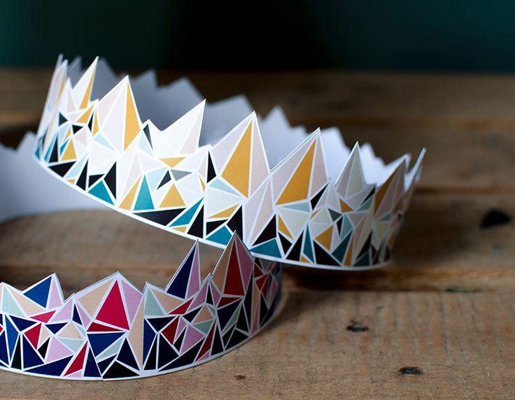 galette-des-rois-façon-mamie Downloadable paper crowns for the traditional French galette des rois (merci Manon Chantal!)