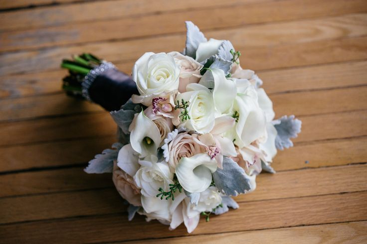 Bride's Bouquet - Calla Lilies, White and Blush Roses http://www.fusion-events.ca/
